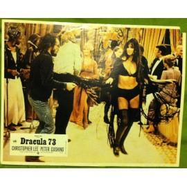 Dracula '73 - 1972 - Alan Gibson / Christopher Lee / Peter Cushing / Stephanie Beacham / Caroline Munro