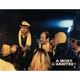 A MORT L'ARBITRE - Photo exploitation - 1984 - Jean-Pierre Mocky, Michel Serrault, Eddy Mitchell