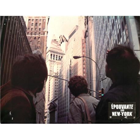 ÉPOUVANTE SUR NEW-YORK - Photo exploitation - 1982 - Larry Cohen, David Carradine, Candy Clark